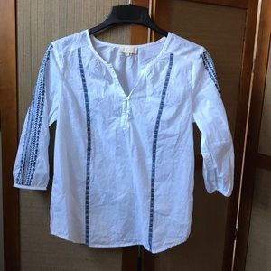 LUCY AND LAUREL WHITE TOP SHIRT SIZE M